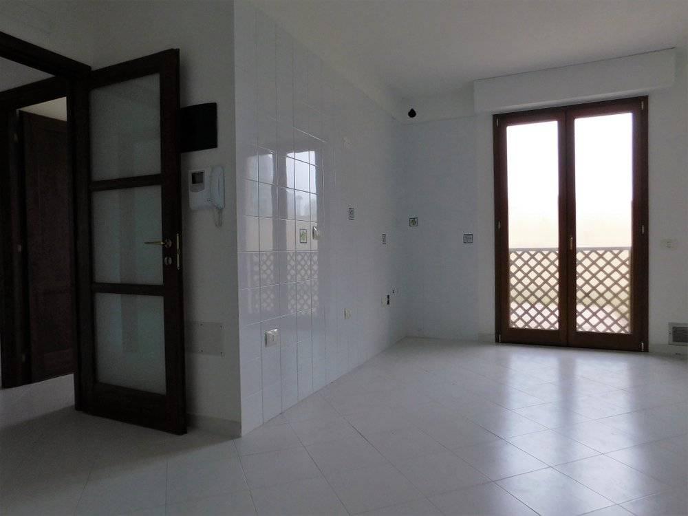 Appartamento in vendita a Decimomannu, 2 locali, prezzo € 80.000   CambioCasa.it