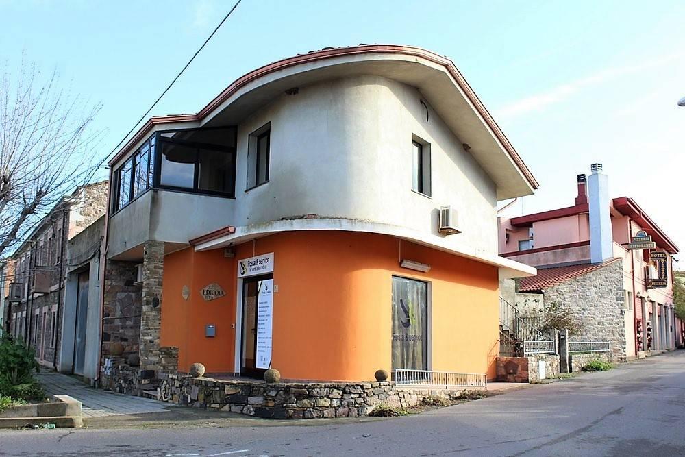 Ufficio in vendita a Sardara (CI)