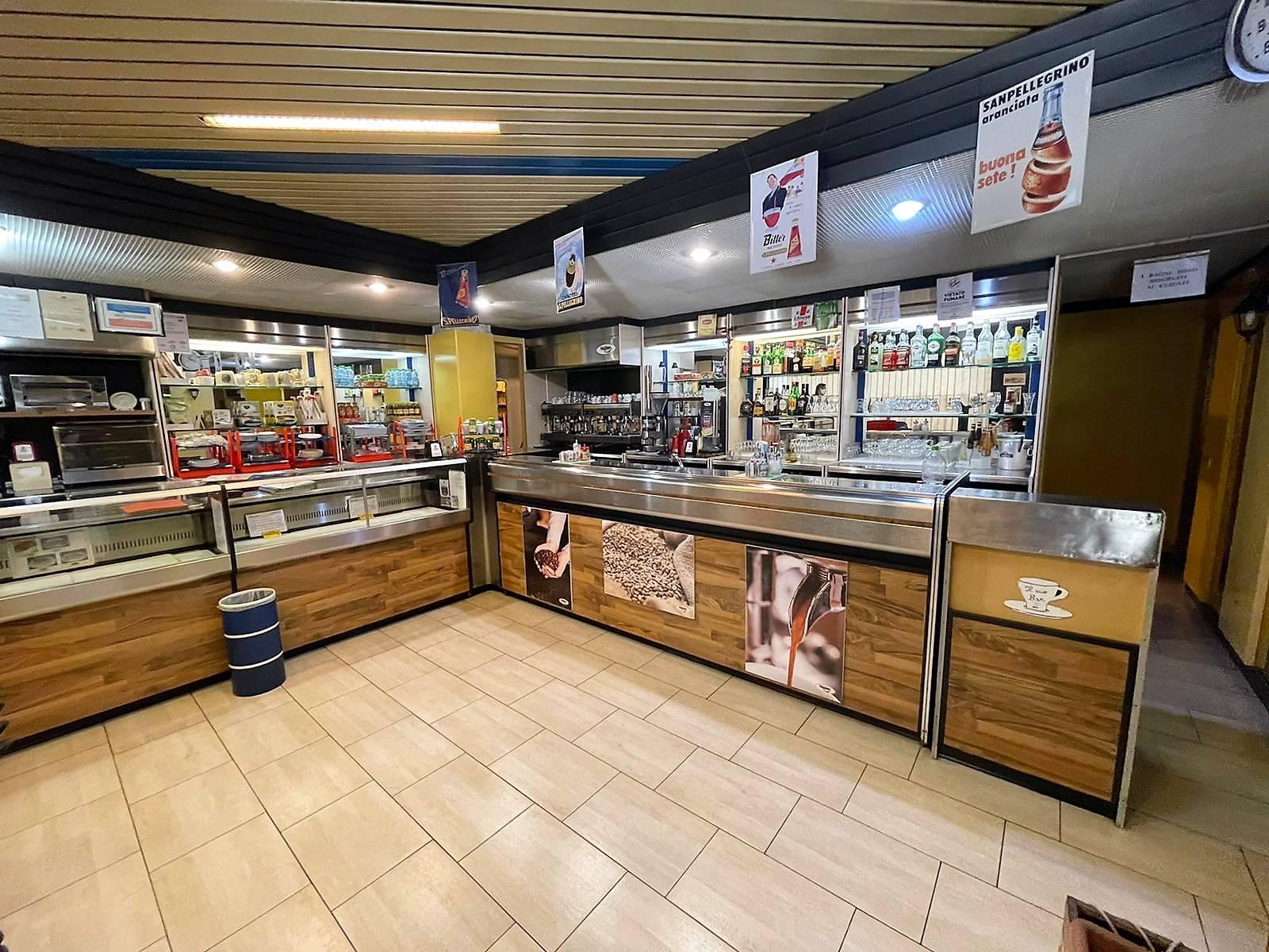 Attività commerciale in vendita a Cagliari (CA)