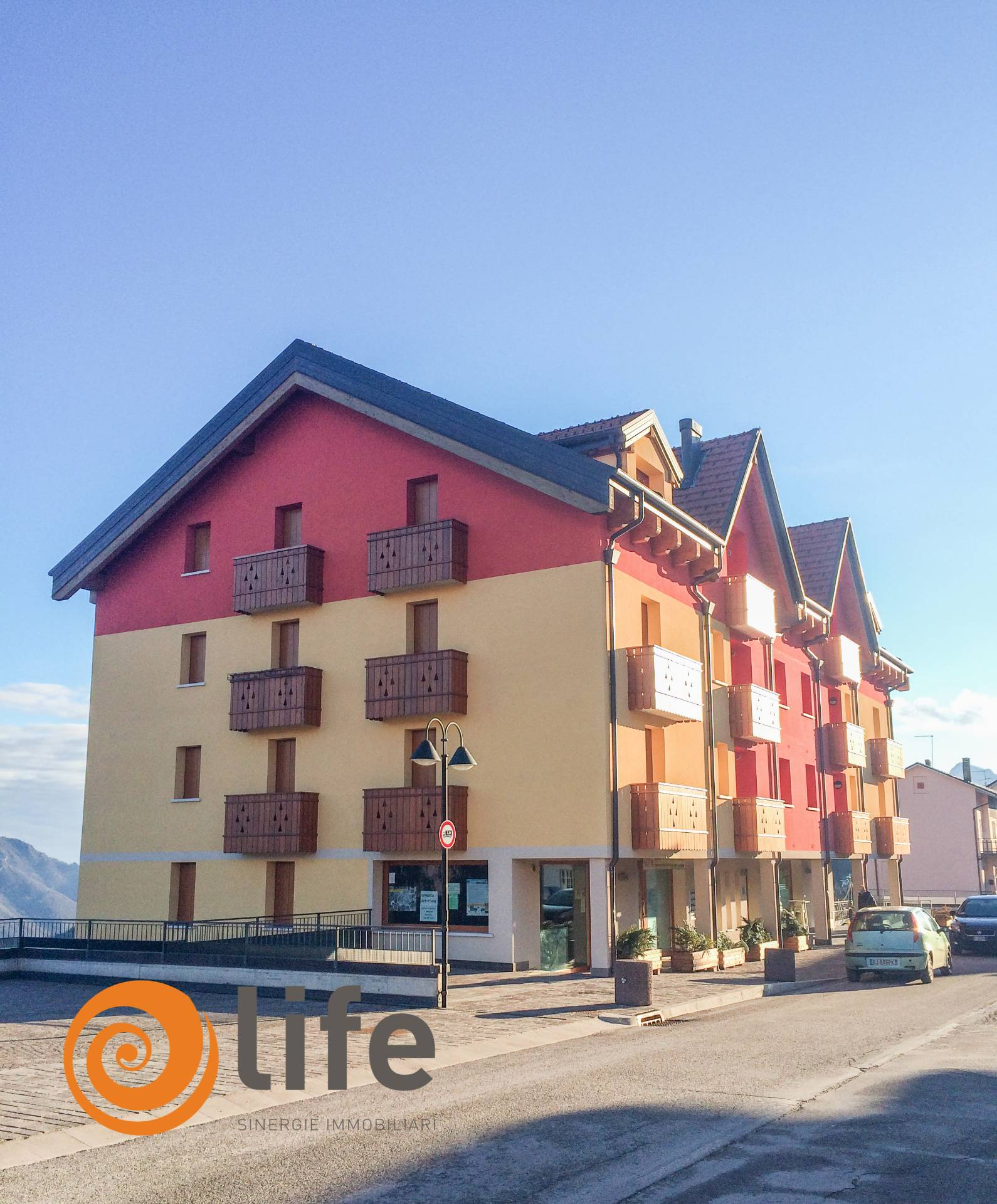Appartamento in vendita a Tonezza del Cimone, 3 locali, prezzo € 137.000 | CambioCasa.it