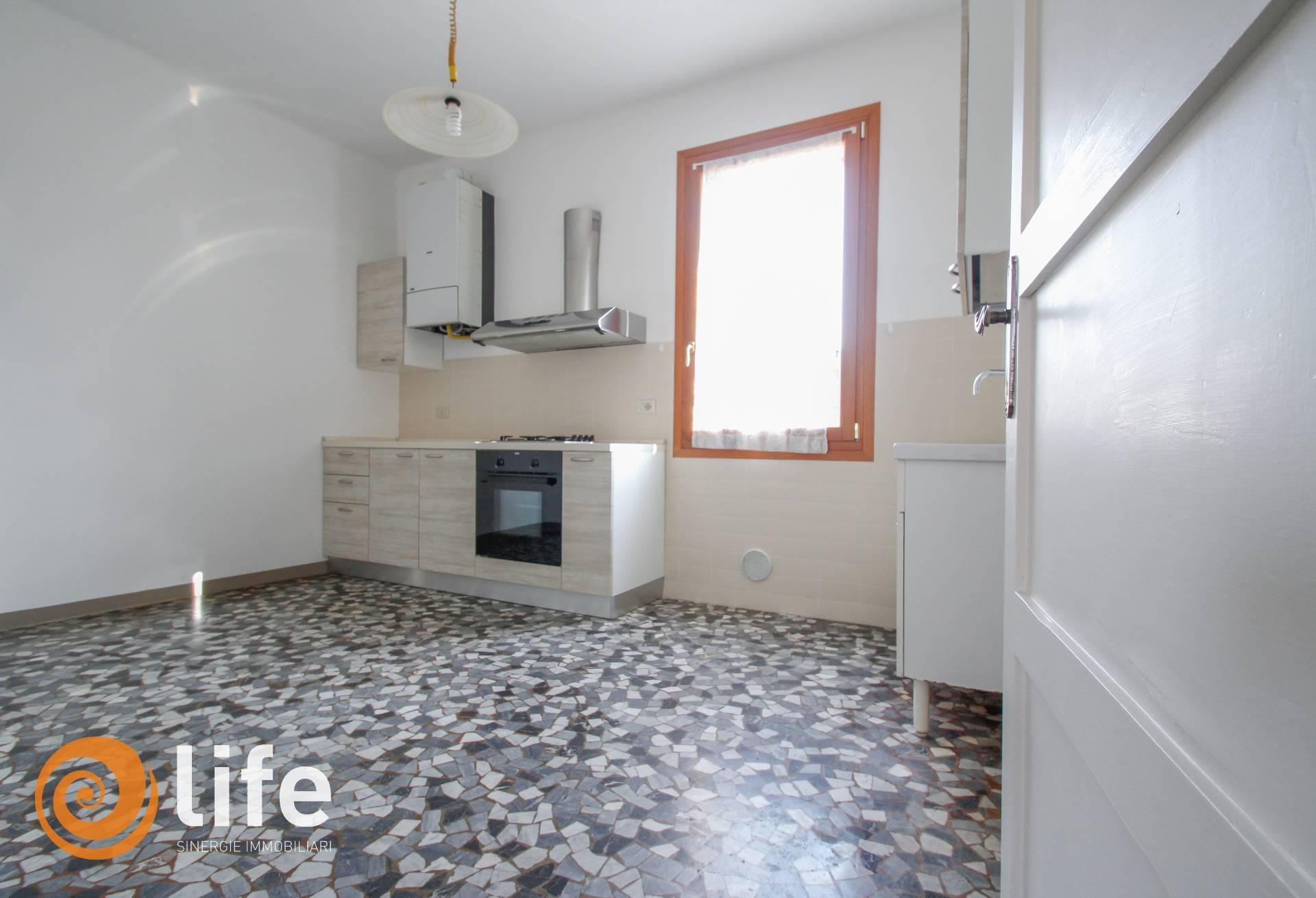 vicenza affitto quart: s. pietro-p.co querini-s. marco life immobiliare