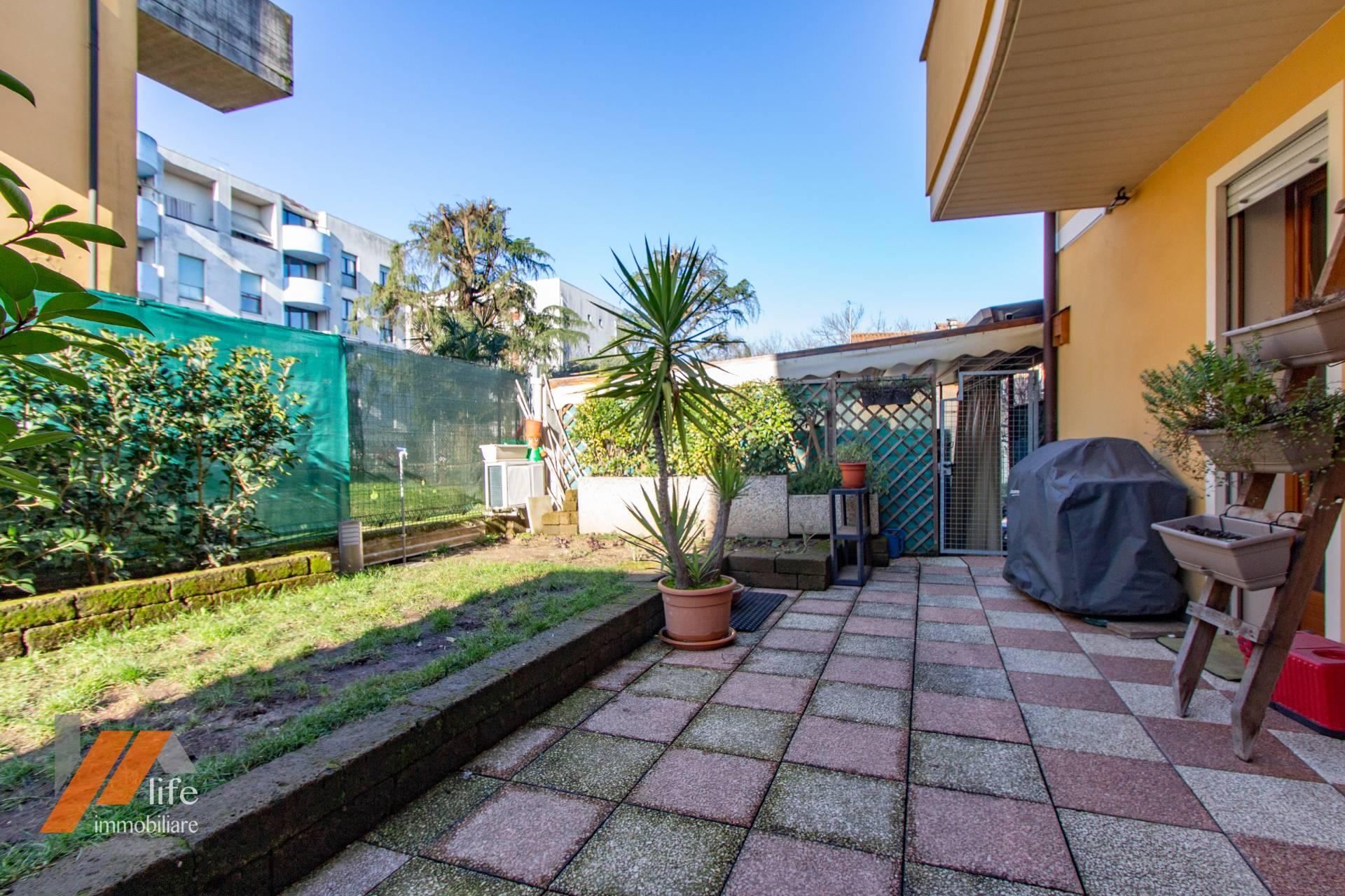 Appartamento in vendita a Vicenza, 3 locali, zona Località: S.PioX-Stanga-CàBalbi, prezzo € 145.000 | CambioCasa.it