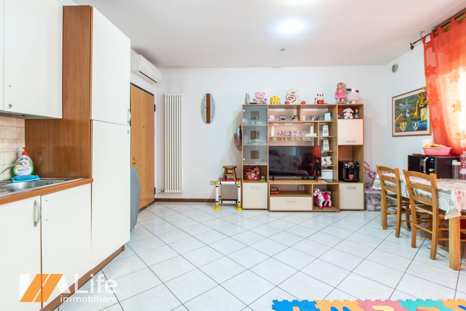 Appartamento in vendita a Grumolo delle Abbadesse, 2 locali, zona Zona: Grumolo, prezzo € 73.000 | CambioCasa.it