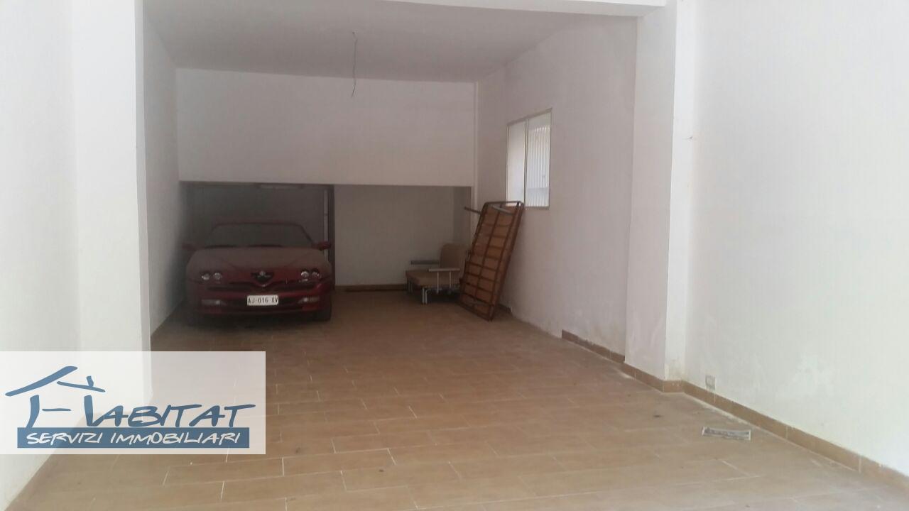 Magazzino in vendita a Agrigento, 1 locali, zona Zona: Centro, prezzo € 40.000 | CambioCasa.it