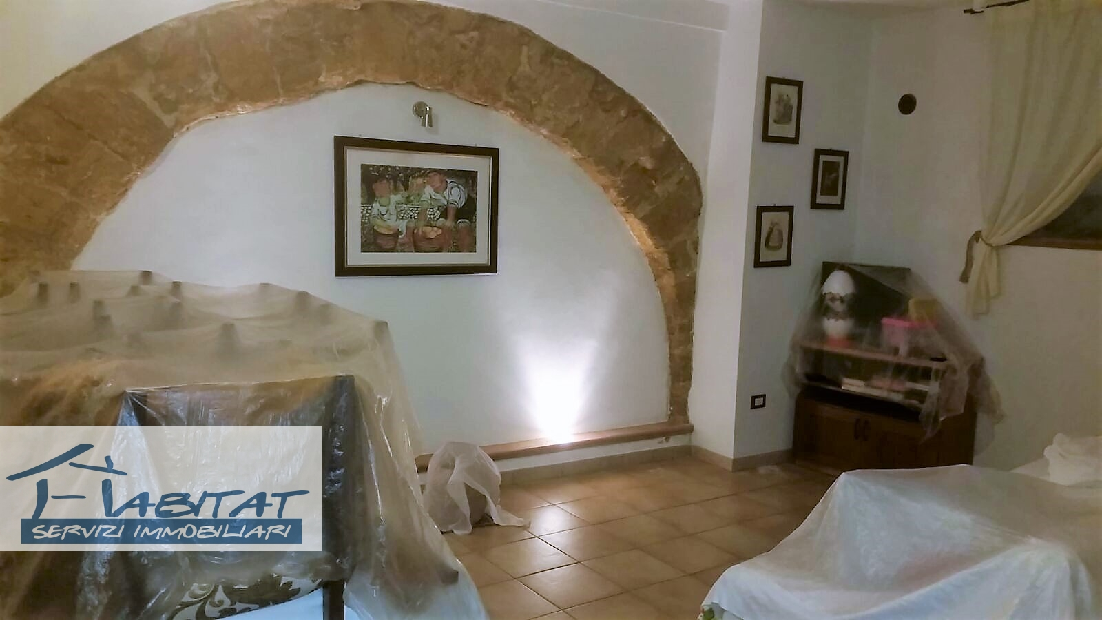 Appartamento in vendita a Agrigento, 6 locali, zona Zona: Centro, prezzo € 75.000 | CambioCasa.it