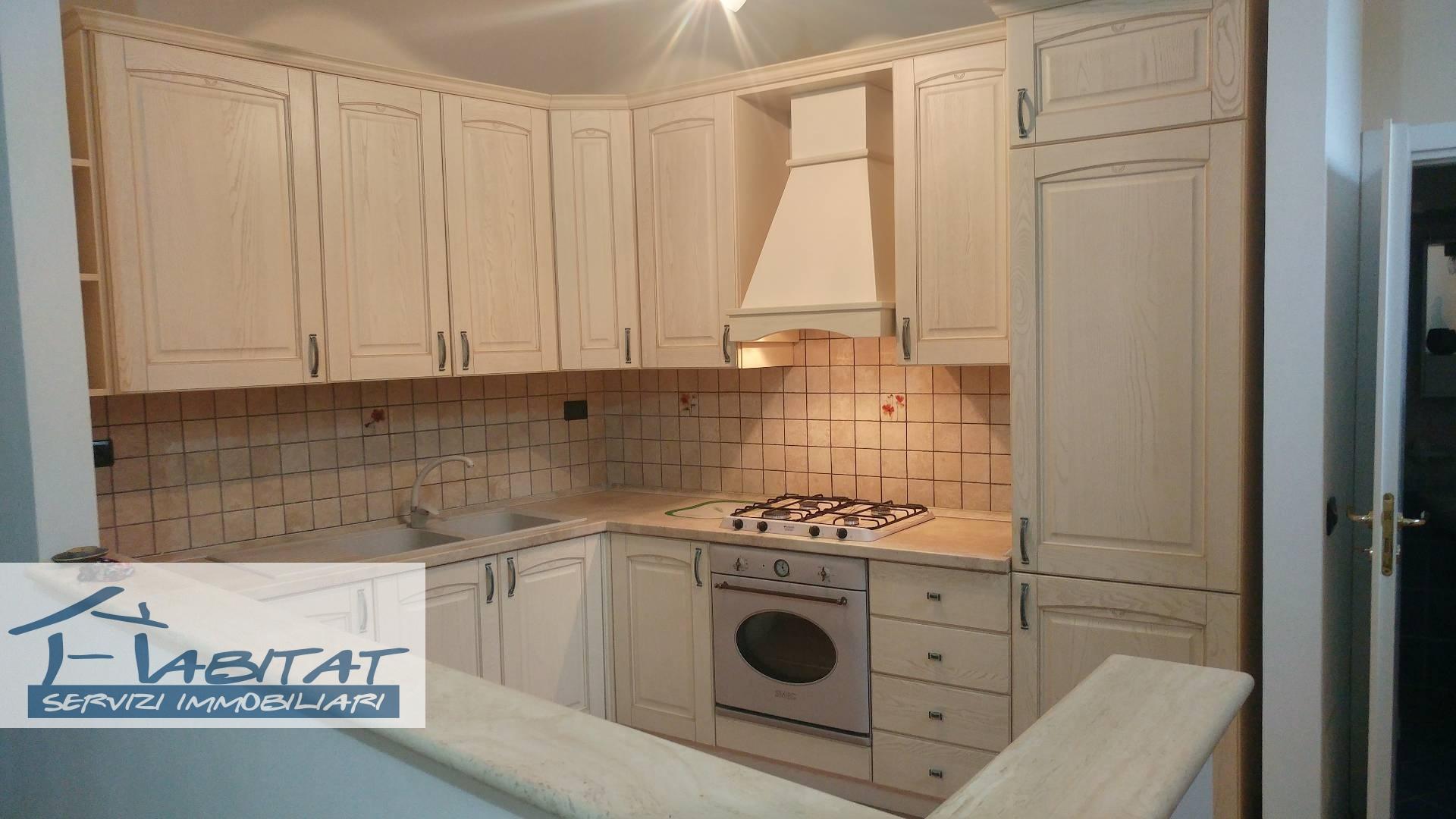 Appartamento in affitto a Agrigento, 3 locali, zona Zona: Centro, prezzo € 300 | CambioCasa.it
