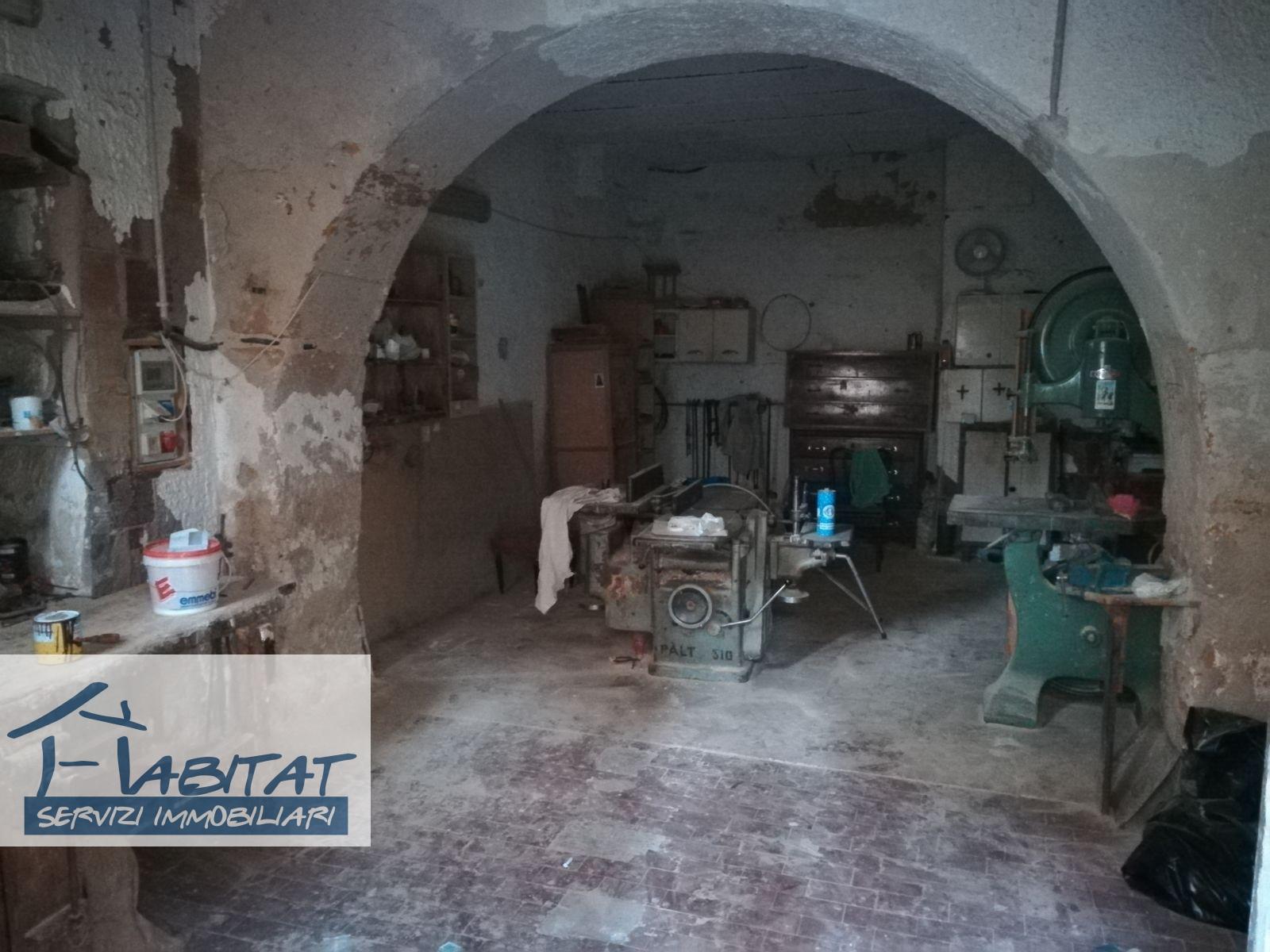Magazzino in vendita a Agrigento, 1 locali, zona Zona: Centro, prezzo € 25.000 | CambioCasa.it