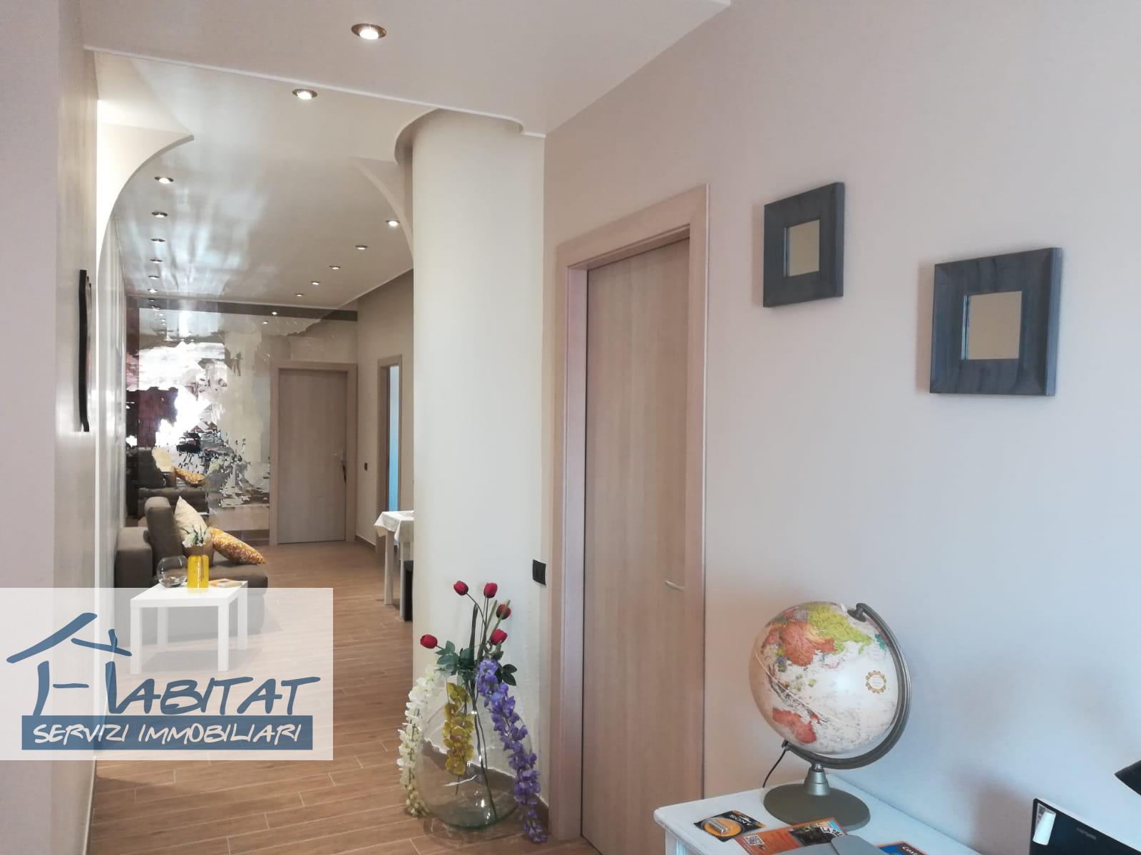 Appartamento in vendita a Agrigento, 5 locali, zona Località: VillaggioMosè, prezzo € 93.000 | CambioCasa.it