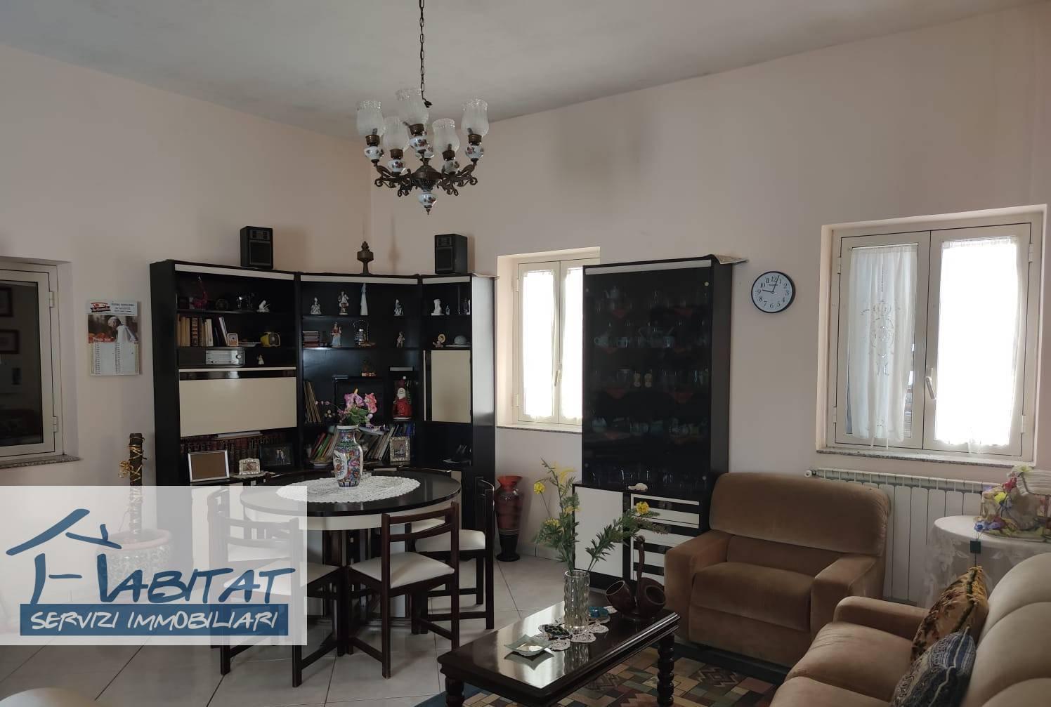 Appartamento in vendita a Agrigento, 4 locali, zona ro, prezzo € 120.000 | PortaleAgenzieImmobiliari.it