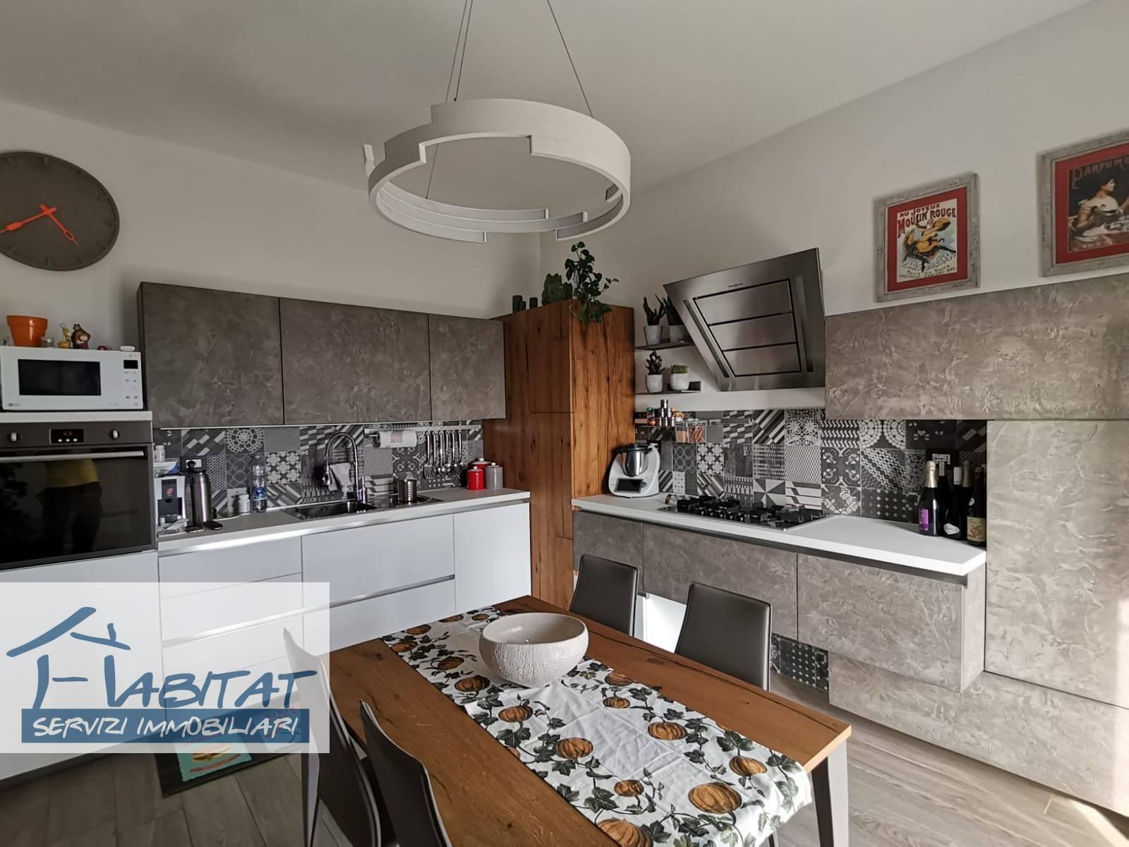 Appartamento in vendita a Agrigento, 5 locali, zona ro, prezzo € 199.000 | PortaleAgenzieImmobiliari.it