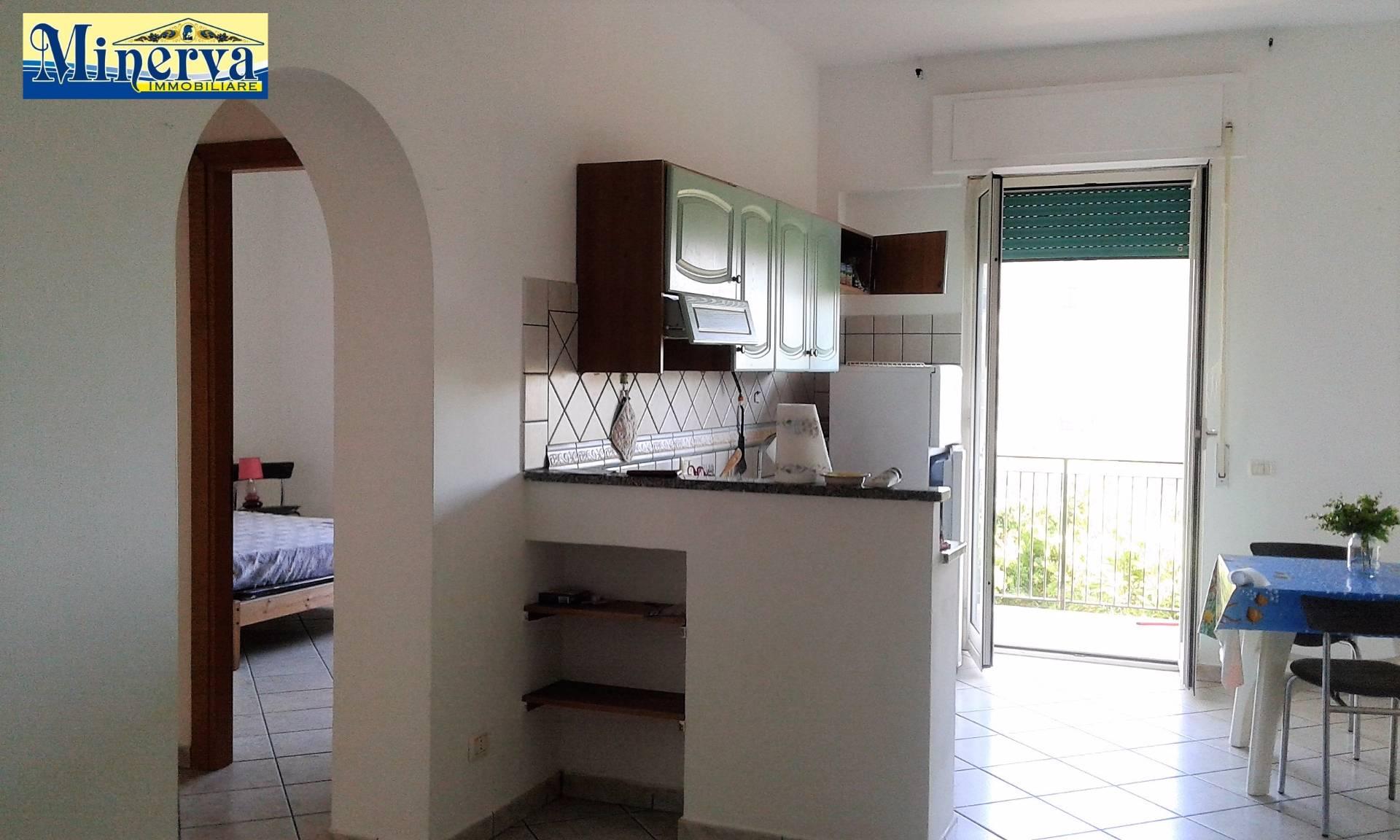 Appartamento in vendita a Anzio, 3 locali, zona Località: LavinioLidodiEnea, prezzo € 89.000 | Cambio Casa.it