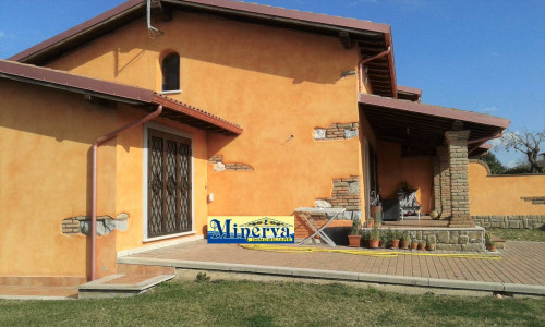 Villette a schiera in Vendita a Anzio