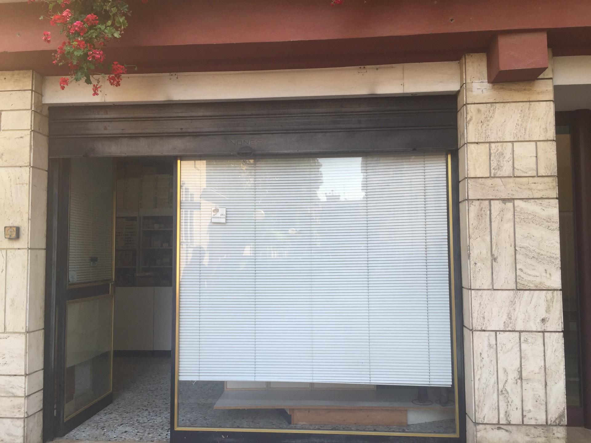 Negozio / Locale in vendita a Pescara, 9999 locali, prezzo € 62.000   Cambio Casa.it