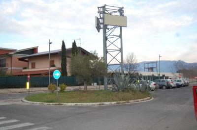 Capannone Commerciale in Vendita a Cisterna di Latina