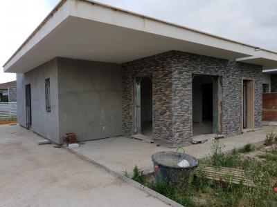villa Bifamiliare in Vendita a Cisterna di Latina