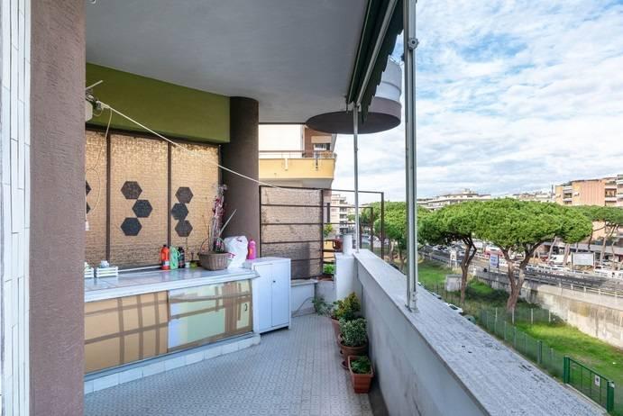 Appartamento in vendita a Roma, 4 locali, prezzo € 349.000 | CambioCasa.it