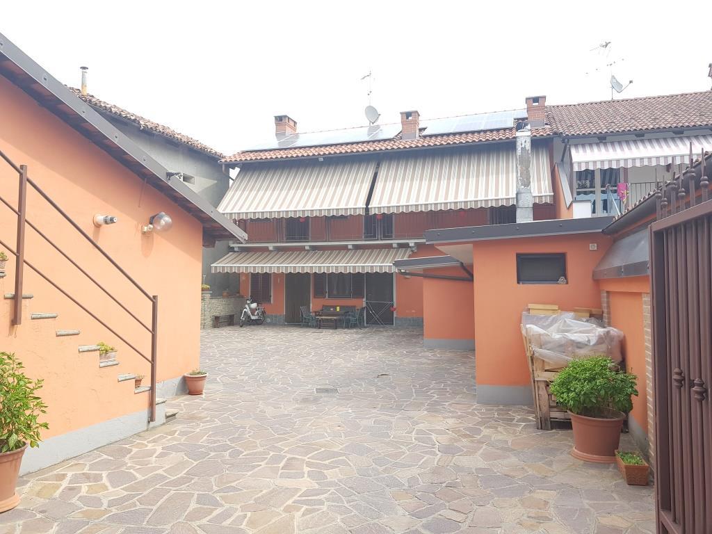 Soluzione Indipendente in vendita a Sanfrè, 6 locali, prezzo € 230.000   PortaleAgenzieImmobiliari.it