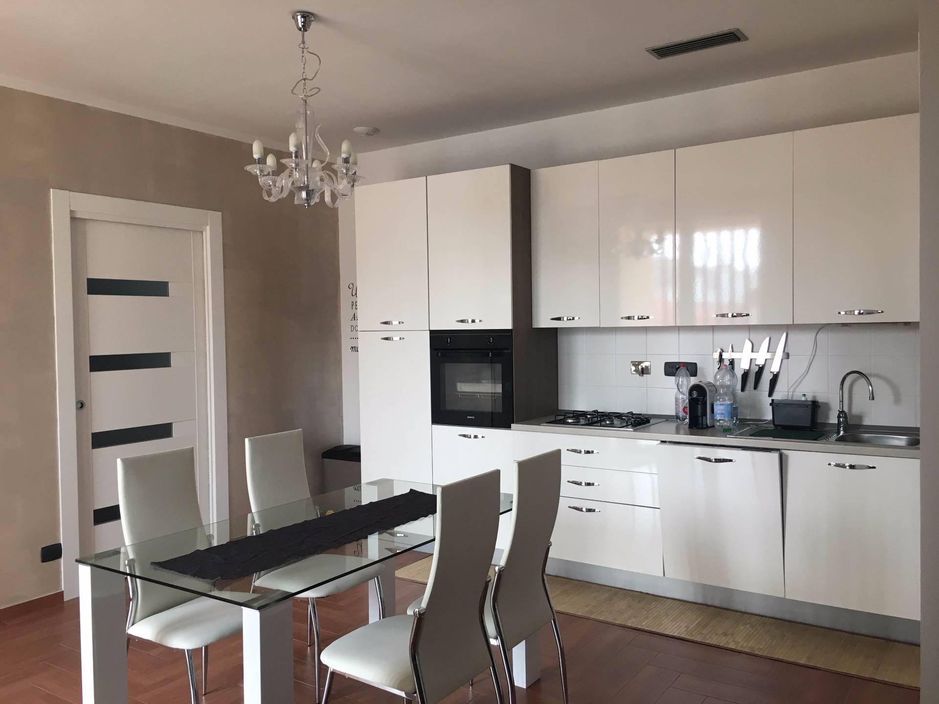 Appartamento in affitto a Bra, 3 locali, zona Località: SanMatteo, prezzo € 450 | PortaleAgenzieImmobiliari.it