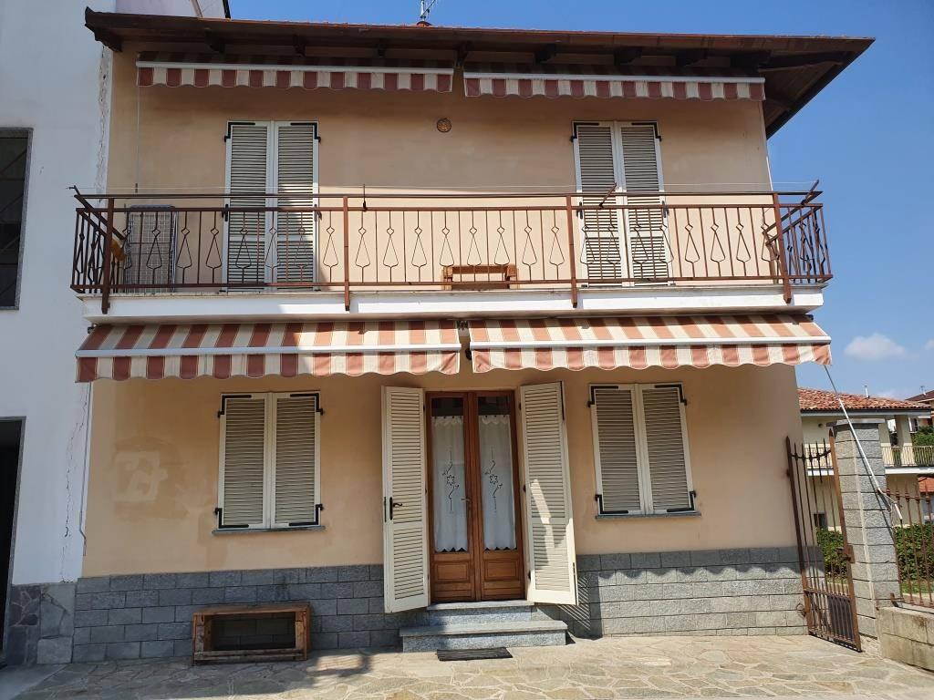 Villa a Schiera in vendita a Santa Vittoria d'Alba, 4 locali, prezzo € 149.000   PortaleAgenzieImmobiliari.it