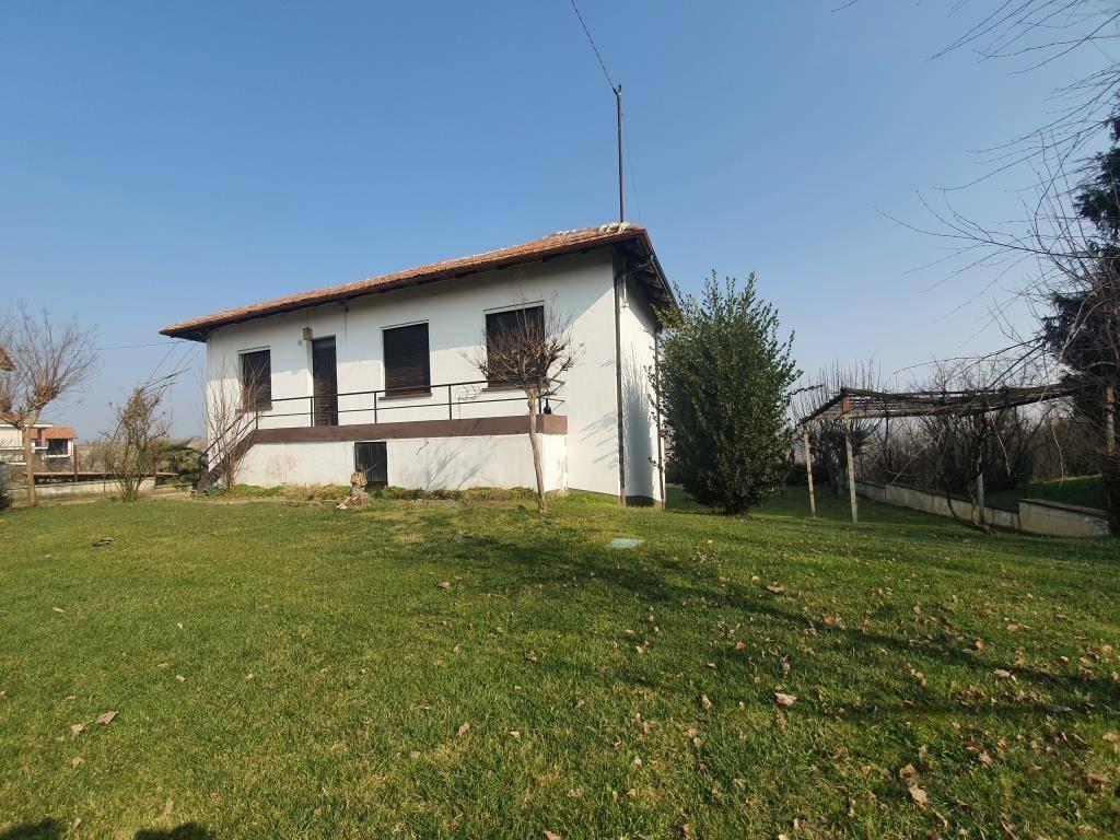 Soluzione Indipendente in vendita a Santa Vittoria d'Alba, 3 locali, prezzo € 120.000   PortaleAgenzieImmobiliari.it