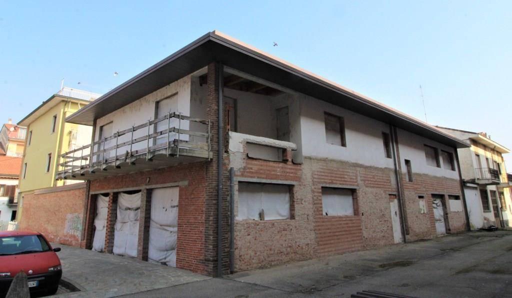 Negozio / Locale in vendita a Canale, 9999 locali, prezzo € 340.000 | PortaleAgenzieImmobiliari.it