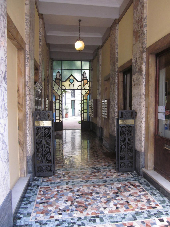 Appartamento in affitto a Milano, 1 locali, zona Località: P.taVenezia, prezzo € 1.000   Cambio Casa.it