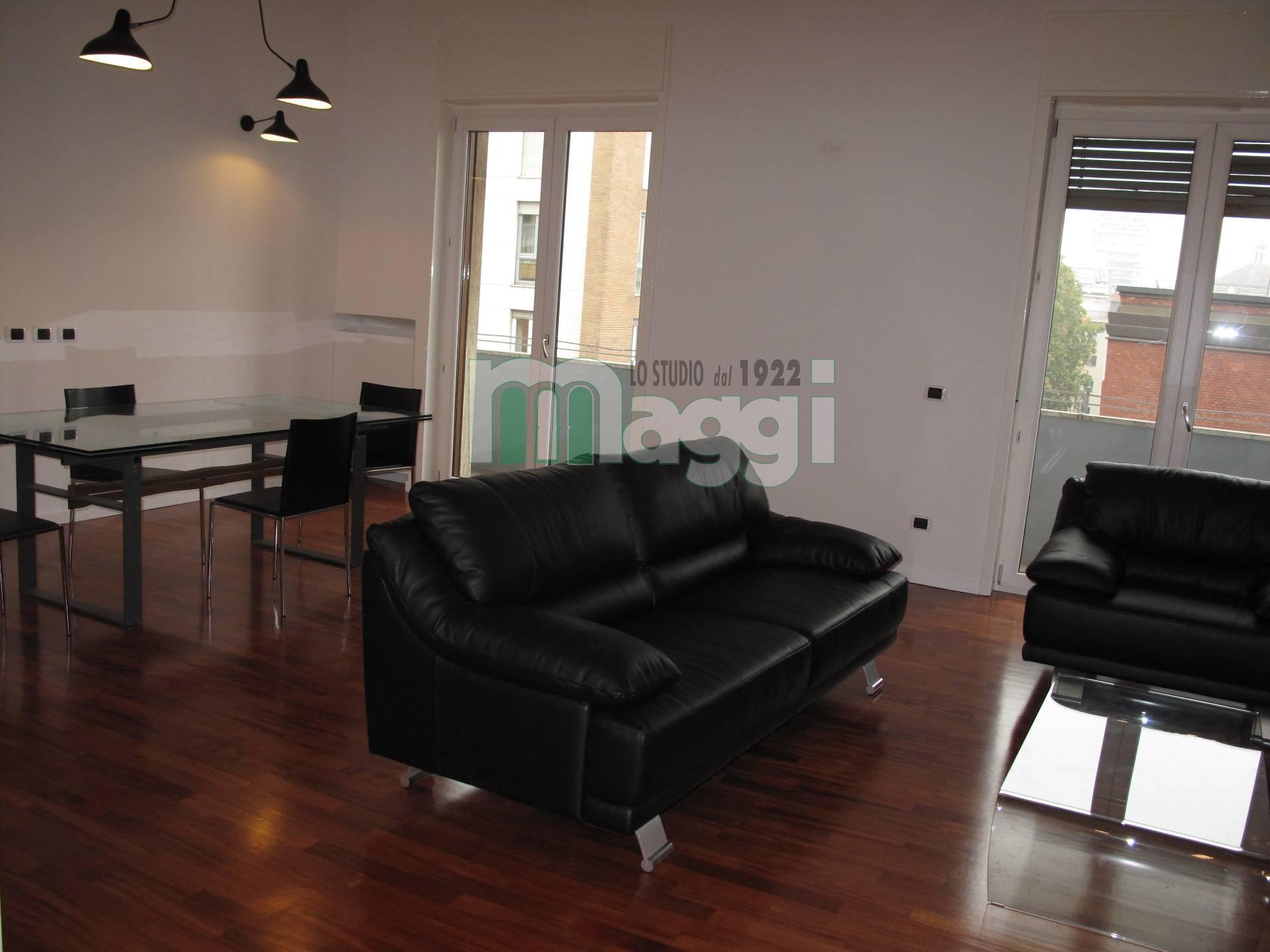 Appartamento in affitto a Milano, 3 locali, zona Località: Tribunale, prezzo € 2.000 | Cambio Casa.it