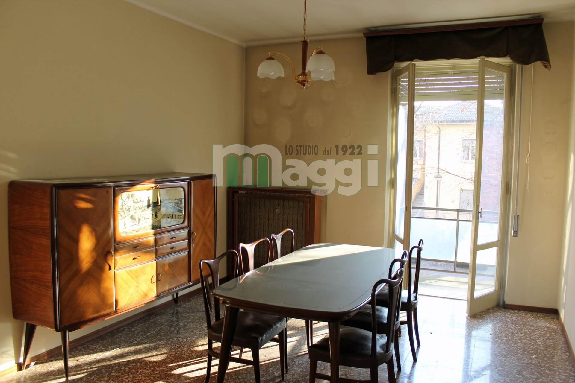 Appartamento in vendita a Voghera, 3 locali, zona Località: CENTRO, prezzo € 55.000 | Cambio Casa.it