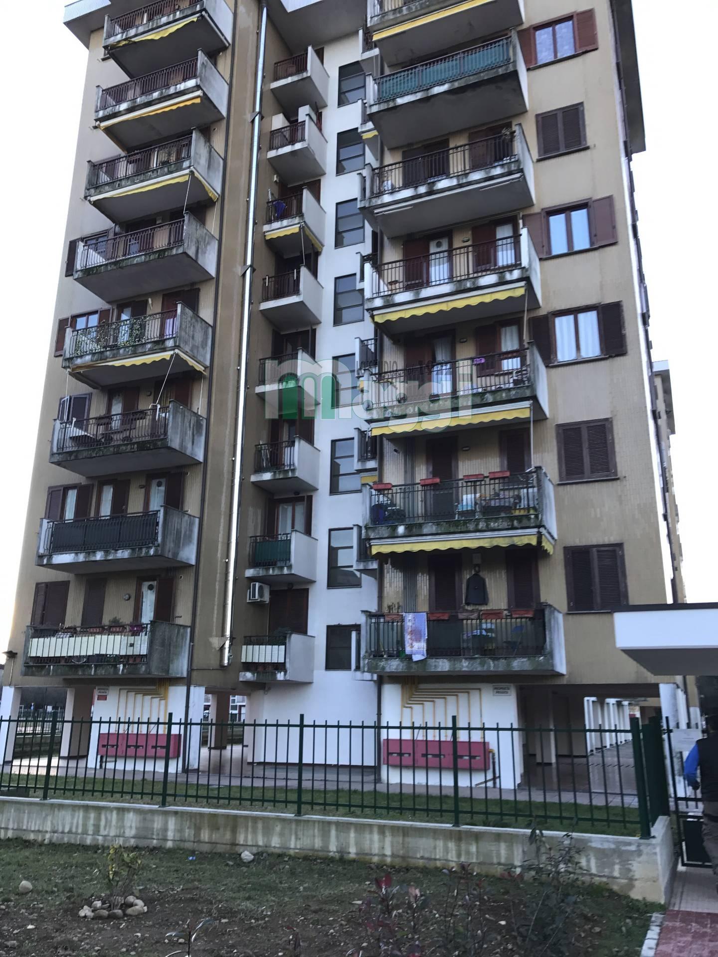 Appartamento in Vendita a Garbagnate Milanese