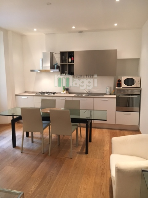 Appartamento in vendita a Milano, 2 locali, zona Località: Cadorna, prezzo € 490.000 | Cambio Casa.it