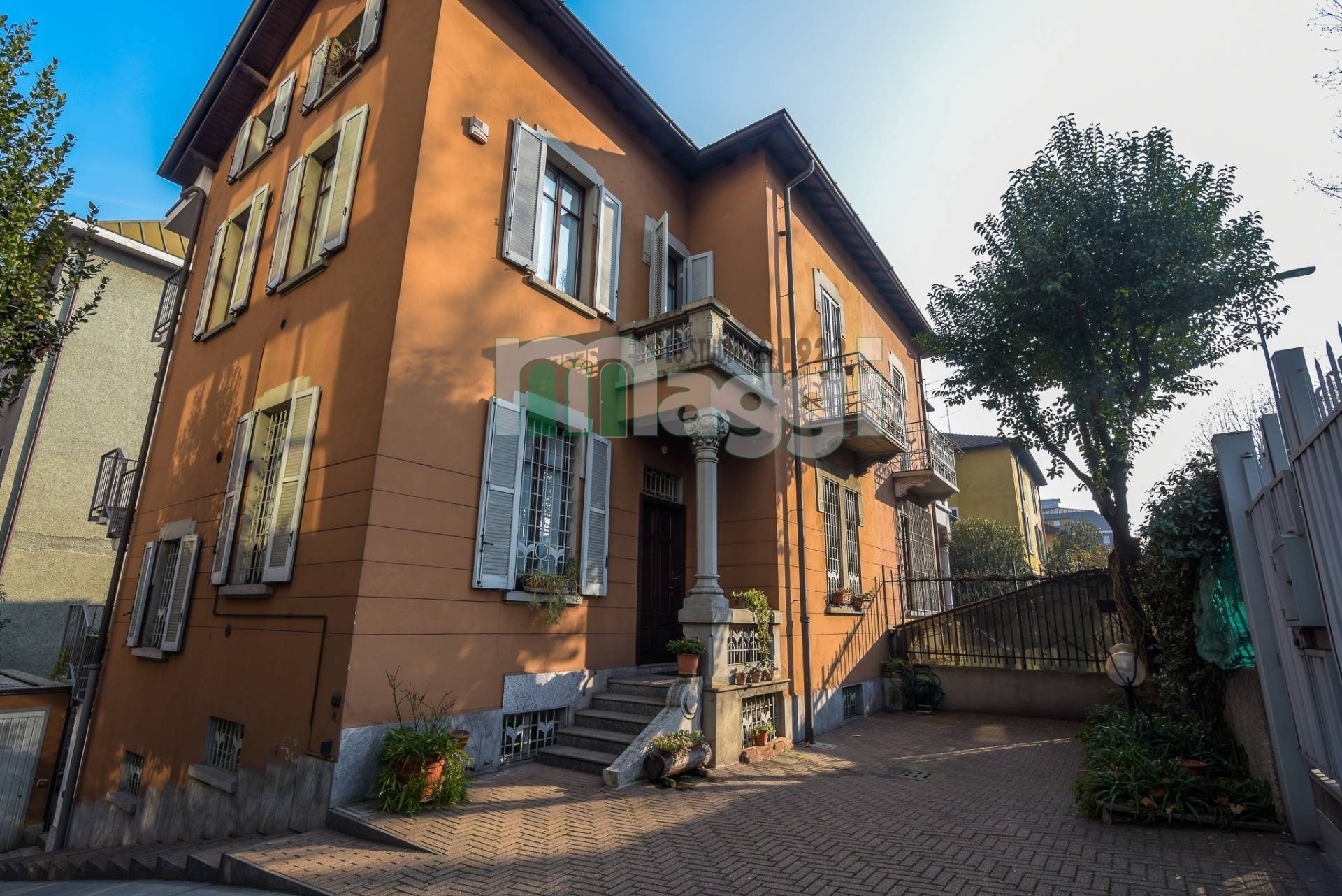 Milano   Villa in Vendita in Viale Lunigiana   lacasadimilano.it