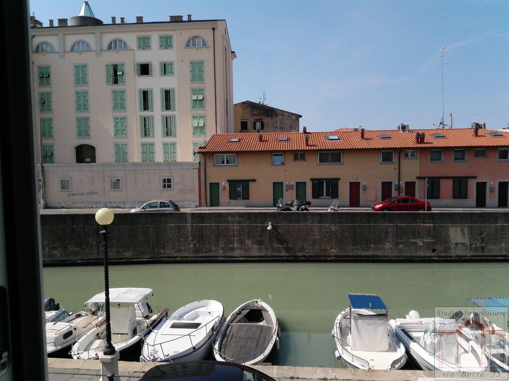 Appartamento in vendita a Livorno, 4 locali, zona Località: Centrostorico, prezzo € 270.000 | Cambio Casa.it