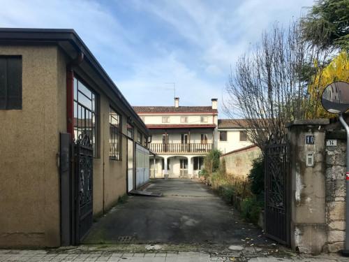 Rustico in Vendita a Montecchio Maggiore