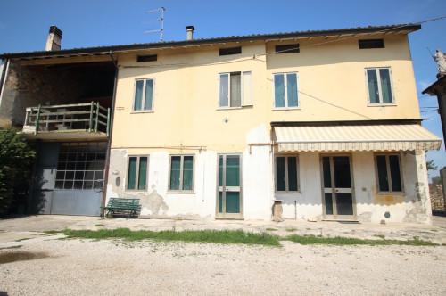 Casa semindipendente in Vendita a Montecchio Maggiore