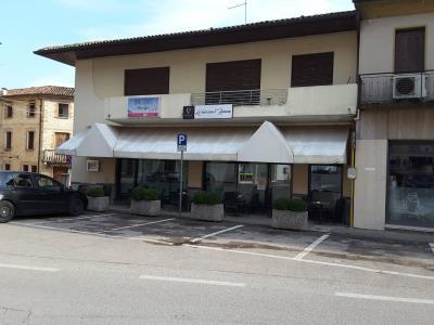 Stabile/Palazzo in Vendita a Miane