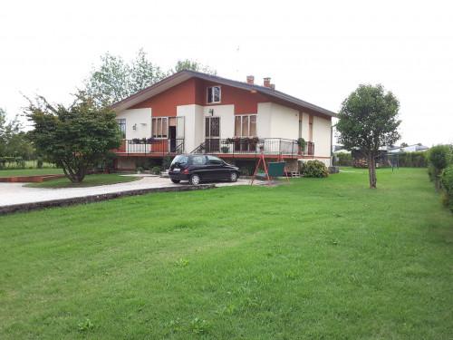 Casa singola in Vendita a Pieve di Soligo