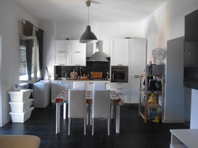 Paderno Dugnano | Appartamento in Affitto in Via Valassina | lacasadimilano.it