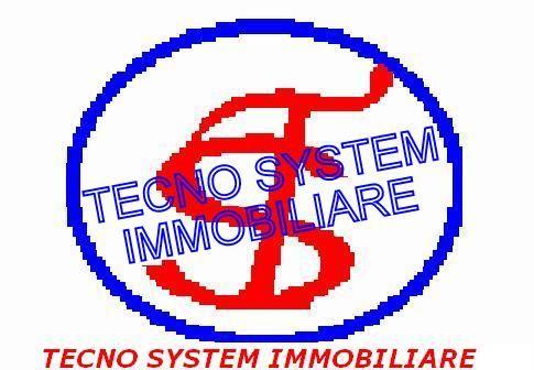 Negozio / Locale in vendita a Salerno, 9999 locali, prezzo € 700.000 | Cambio Casa.it