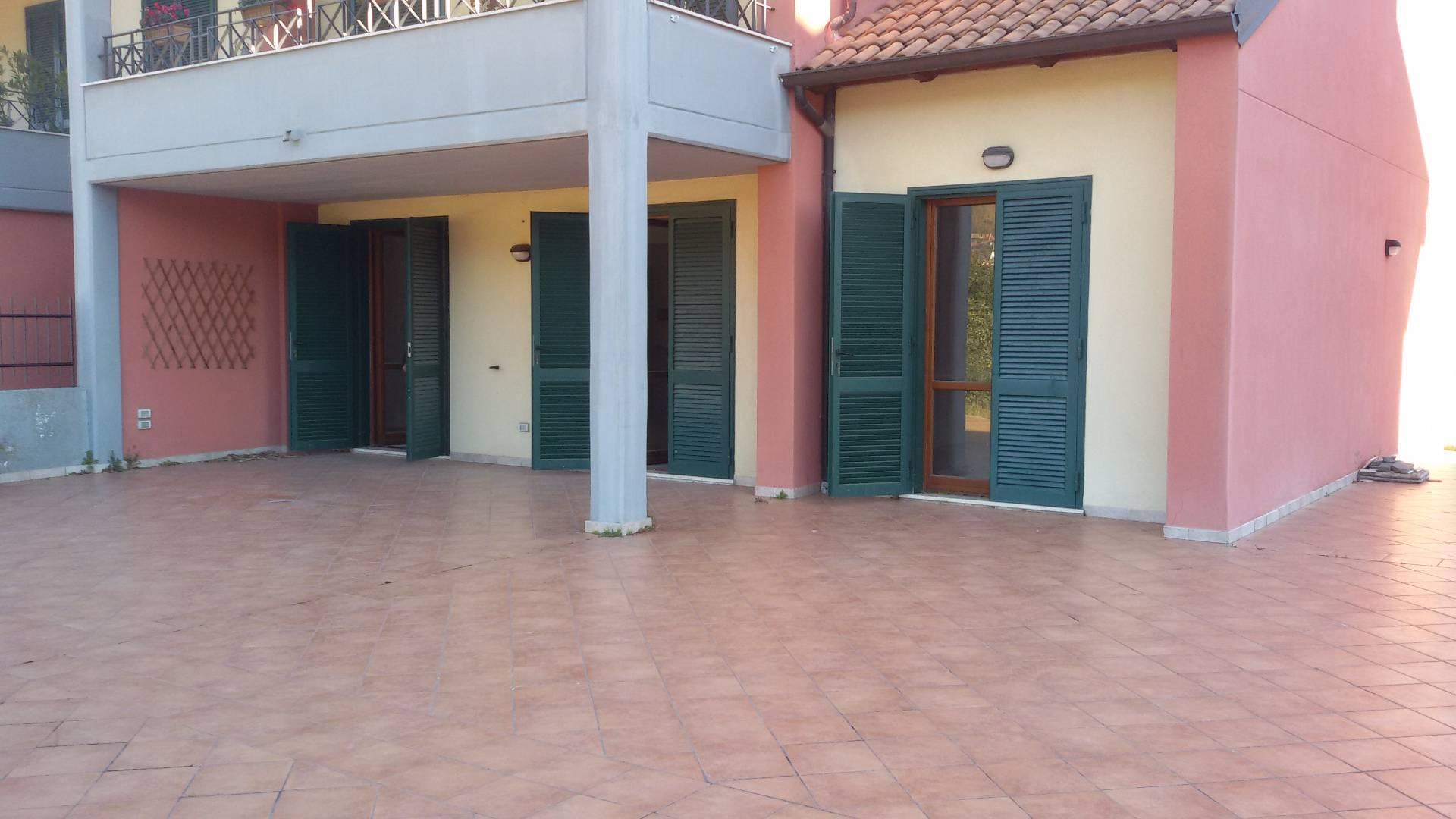Appartamento in affitto a Baronissi, 4 locali, zona Zona: Acquamela, prezzo € 650 | Cambio Casa.it