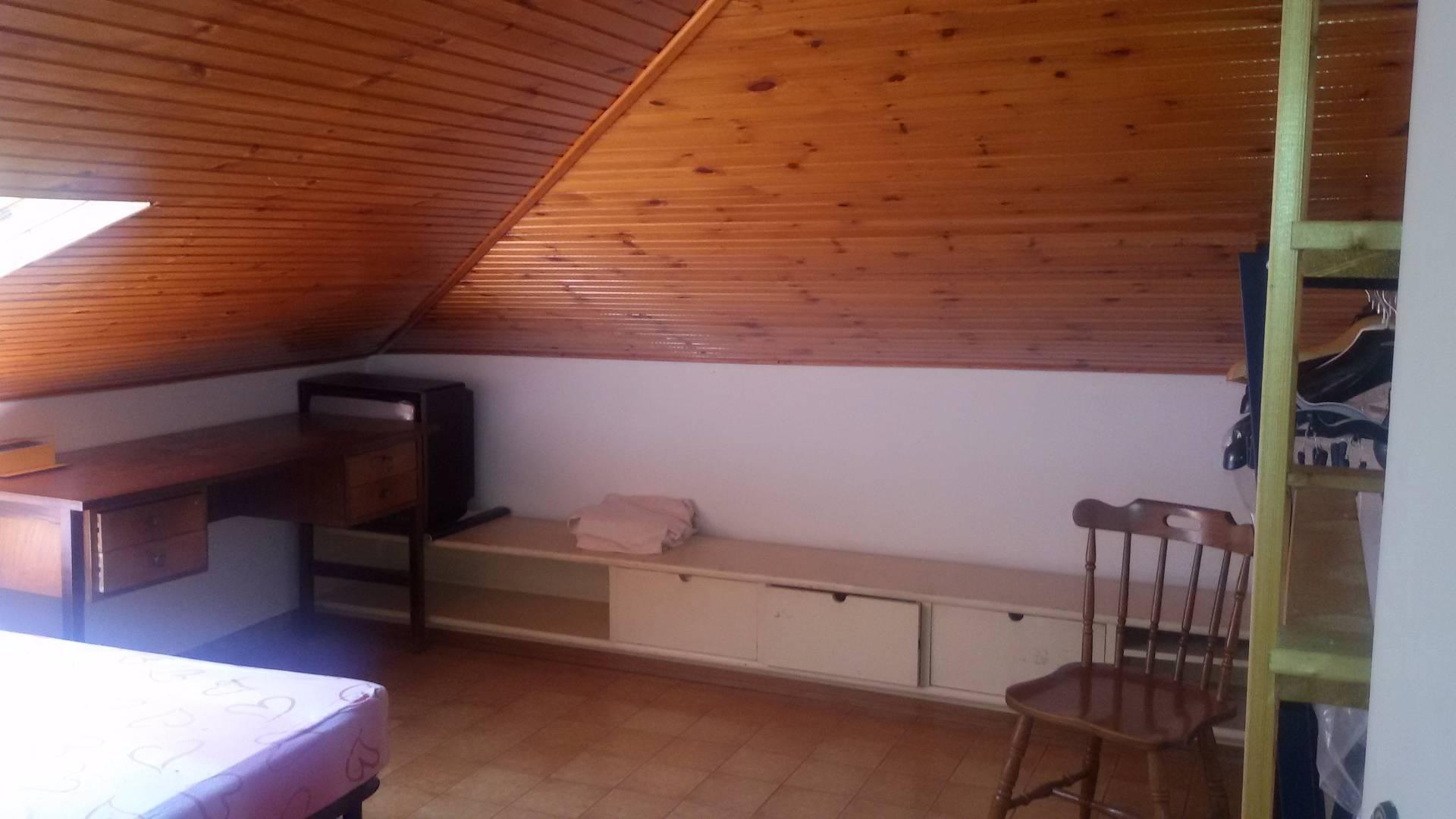 Attico / Mansarda in affitto a Baronissi, 3 locali, zona Zona: Orignano, prezzo € 350 | Cambio Casa.it