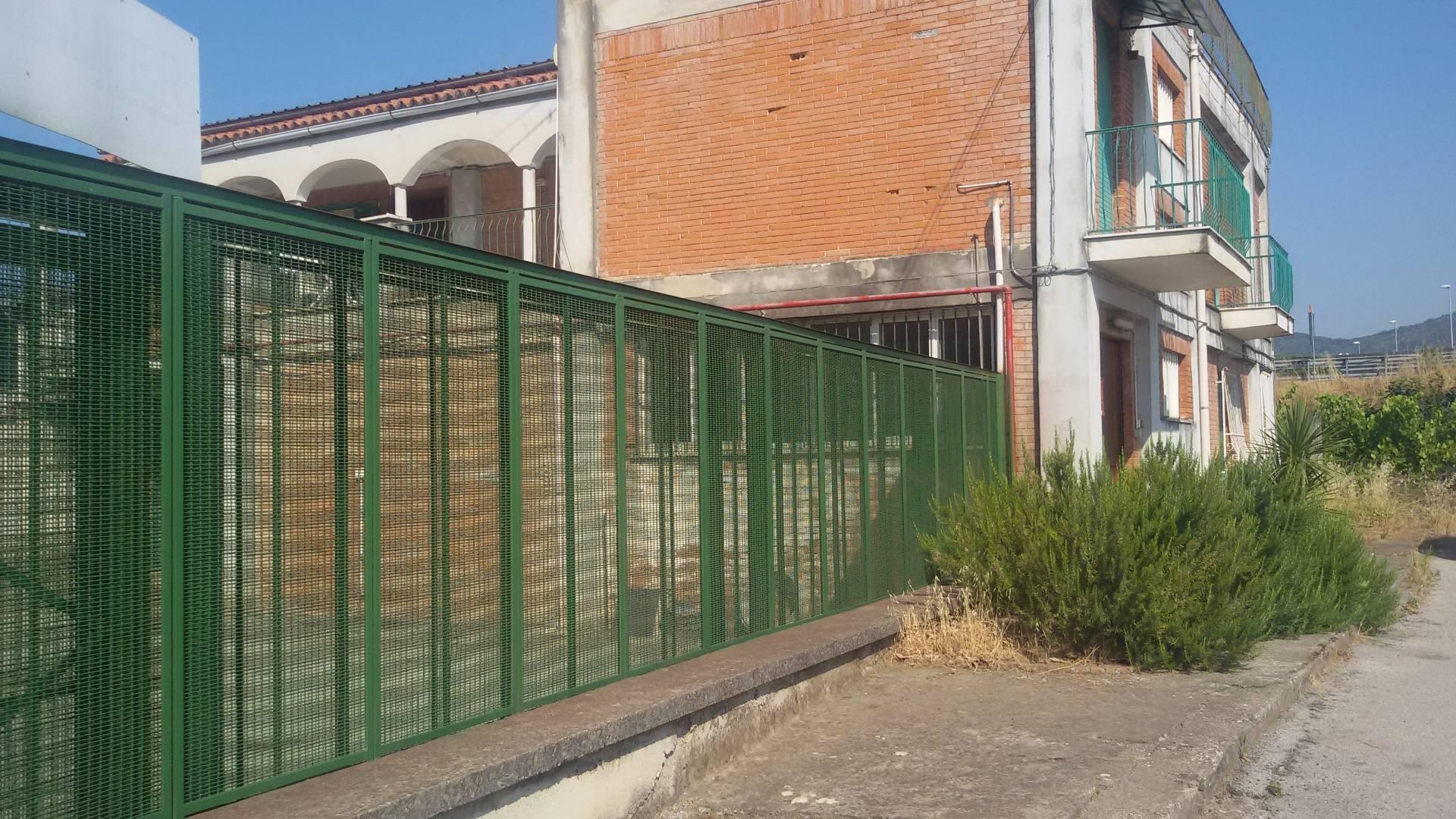 Laboratorio in affitto a Salerno, 9999 locali, zona Località: INDUSTRIALE, prezzo € 3.000 | Cambio Casa.it
