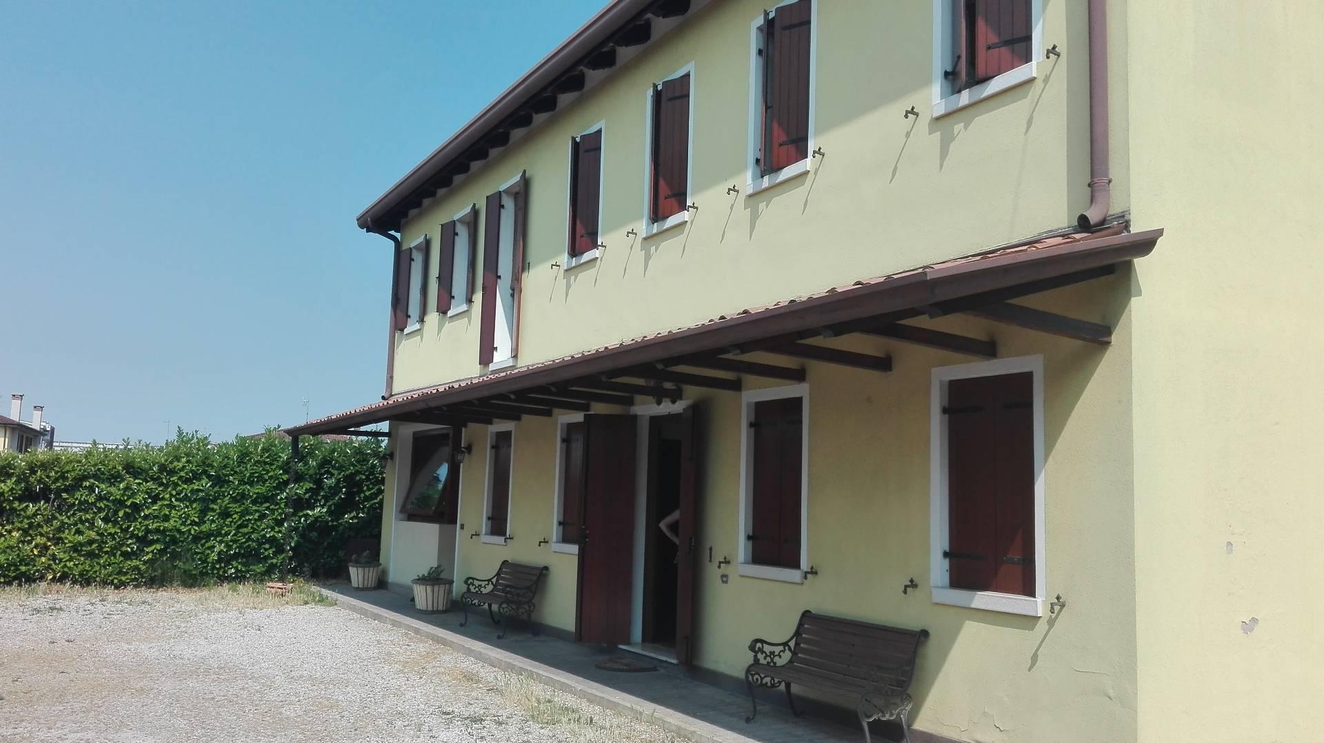 Soluzione Indipendente in vendita a Mogliano Veneto, 5 locali, prezzo € 370.000 | Cambio Casa.it