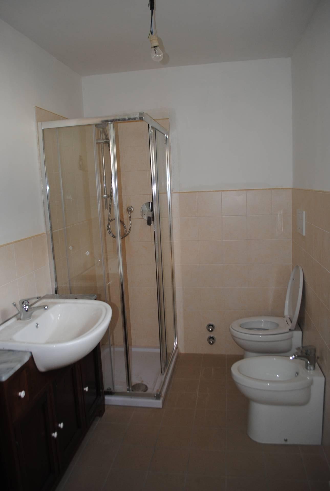 Abbadia alpina pinerolo affitto appartamento 45 mq abbadia for Arredo bagno pinerolo