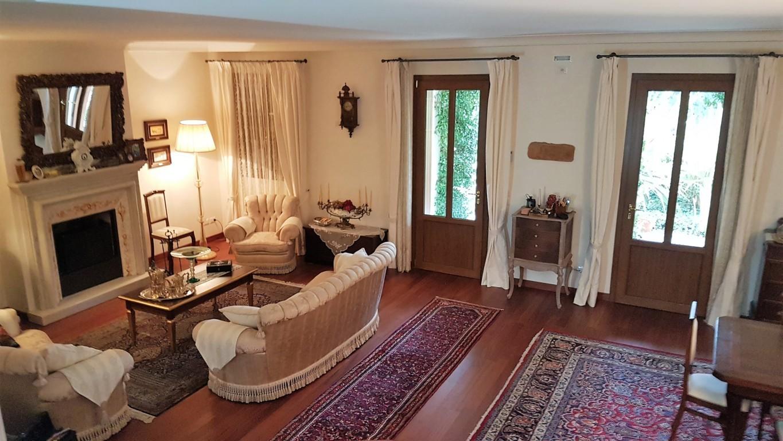 Villa in vendita a Jesolo, 7 locali, zona Località: PiazzaAurora, prezzo € 1.200.000 | Cambio Casa.it