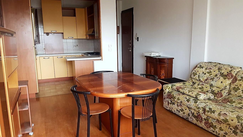 Attico / Mansarda in vendita a Jesolo, 3 locali, zona Località: PiazzaNember, prezzo € 190.000 | Cambio Casa.it