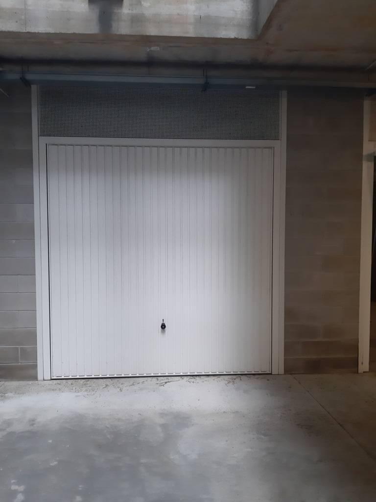 Box / Garage in vendita a Jesolo, 1 locali, zona Località: PiazzaTrieste, prezzo € 26.000 | CambioCasa.it