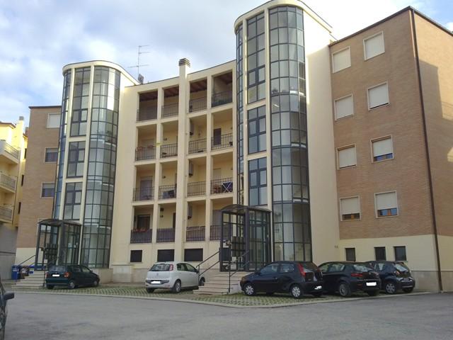 Appartamento in affitto a Chieti, 3 locali, zona Zona: Brecciarola, prezzo € 350   Cambio Casa.it