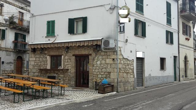 Negozio / Locale in vendita a Serramonacesca, 9999 locali, prezzo € 85.000 | CambioCasa.it