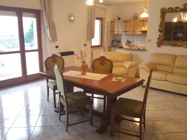 Villa Unifamiliare - Indipendente CHIETI vendita  Scalo  Immobiliare Lattanzio e Miccoli snc