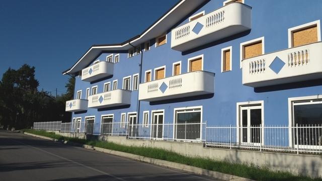 Negozio / Locale in vendita a Alanno, 9999 locali, zona Località: AlannoScalo, prezzo € 99.000 | CambioCasa.it